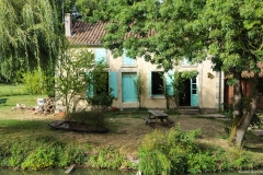 Arcais petite maison001